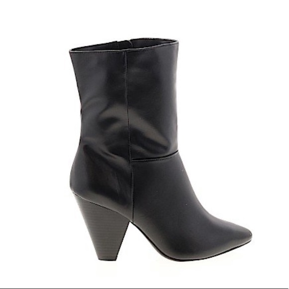 Christian sirianoSEXCI RARE!!❤️ANKLE BOOT SIZE 6.5